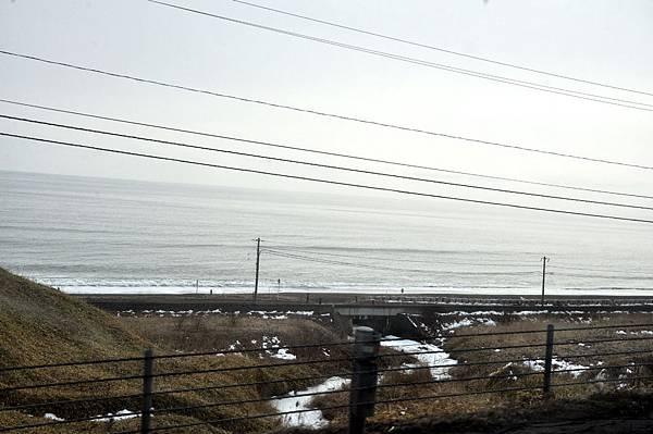 往北海道道東路上,撇見北太平洋