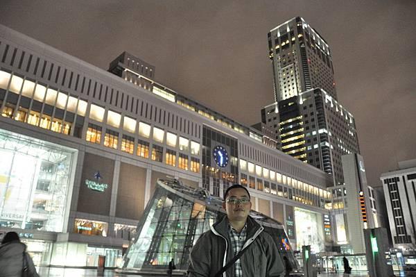 札幌市JR站前留影