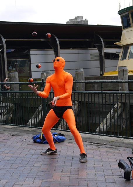 juggler丟球.jpg
