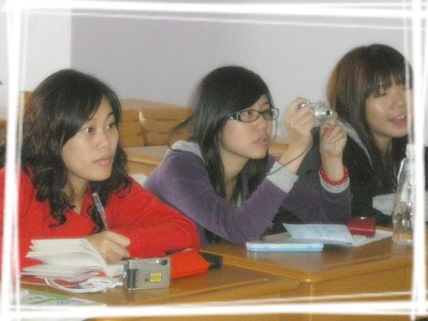 同學們2.jpg