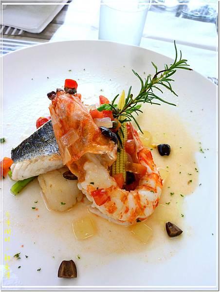 主菜2_普羅旺斯式。嫩鮮時魚仙貝明蝦.jpg