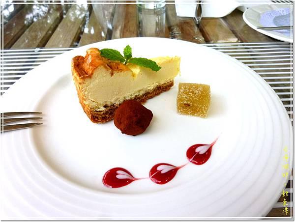 甜點1_起士蛋糕+松露巧克力.jpg