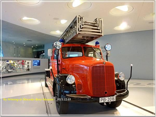 1952 Mercedes-Benz LF 3500 Feuerwehrfahrzeug mit Metz Drehleiter DL 22