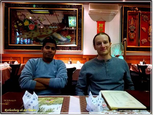 午晚餐在一家香港人開的中國餐廳吃飯~