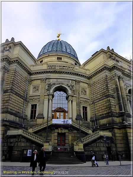 Dresden_1230-33.jpg