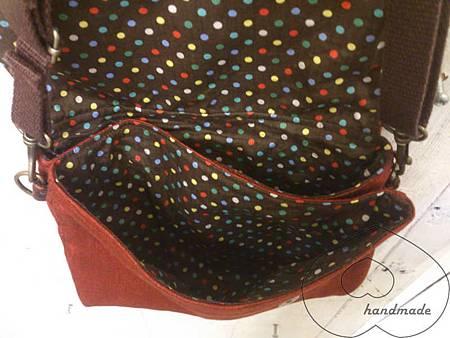 磚紅色單寧小碎花側背包