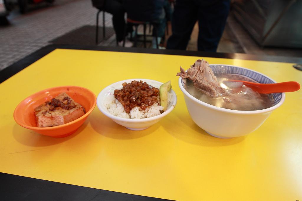 20130117阿義魯肉飯 (19)