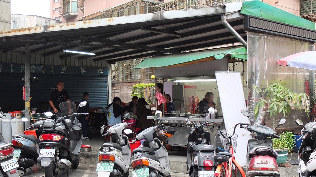 20130322石頭嫂麵攤 (1)