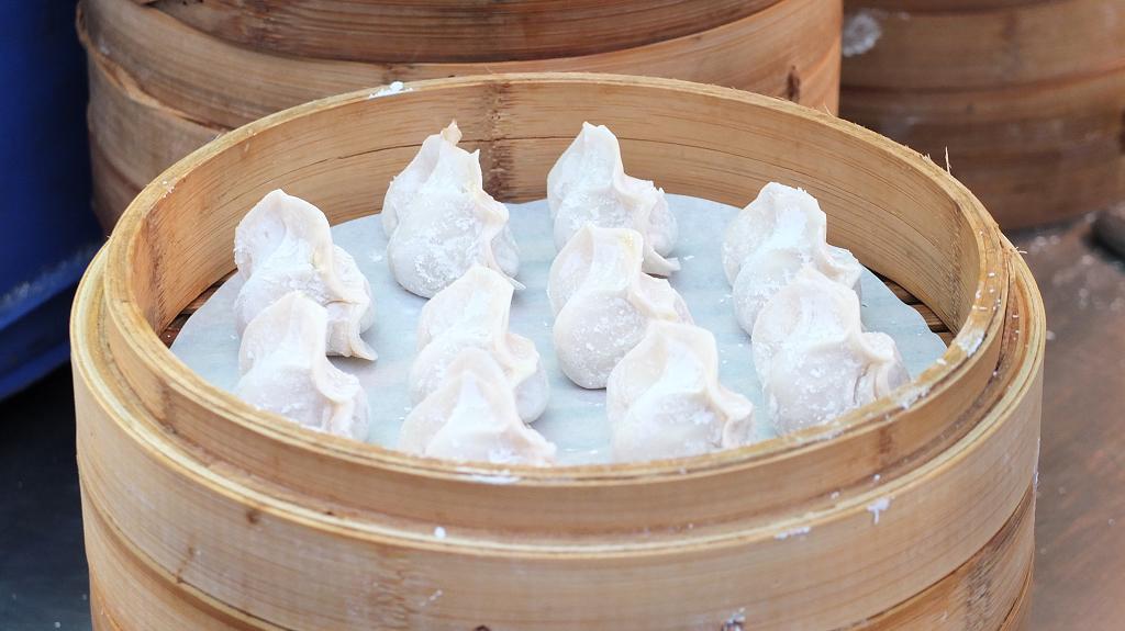 20130324山東赤肉蒸餃+月亮蝦餅 (2)