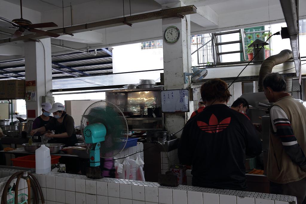 20130410西港三寶之西品經濟便當 (7)