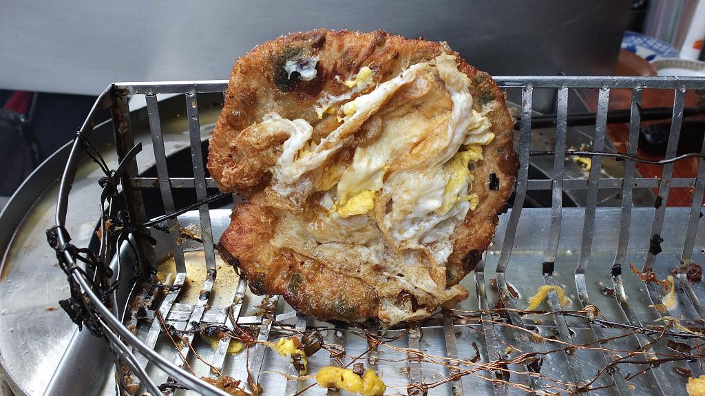 20130420大龍街炸彈蔥油餅 (3)