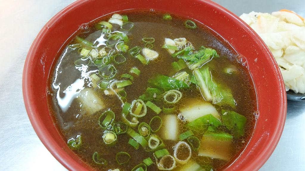 20130729東呷牛肉麵 (12).jpg