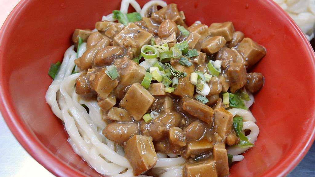 20130729東呷牛肉麵 (14).jpg