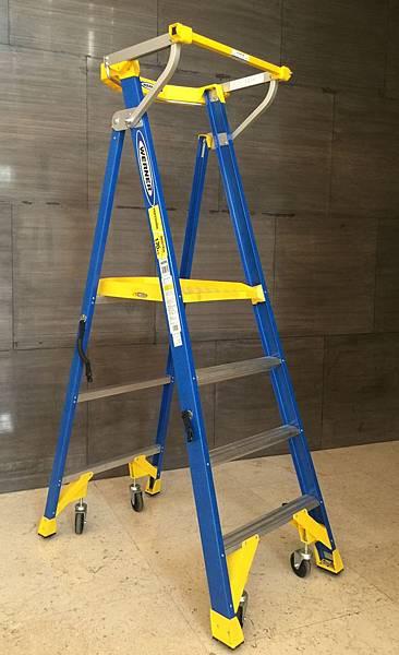 取代鷹架 平台梯 好用梯子推薦 P170 耐用梯子 護欄