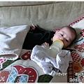 111216-奶爸的懶人餵奶法