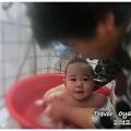 120317-外婆幫我洗澡