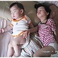 120418-沈睡中的兩寶