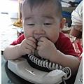 120425-咬電話線