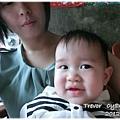 120525-小阿姨自認和兔寶長得像 (2)