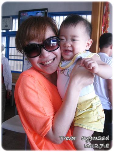 120708-隨便逗弄就笑的嬰兒 (1)