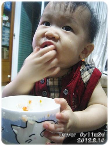 120814-這孩子對吃一直都很堅持 (4)