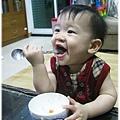 120814-這孩子對吃一直都很堅持 (7)