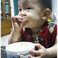 120814-這孩子對吃一直都很堅持 (5)