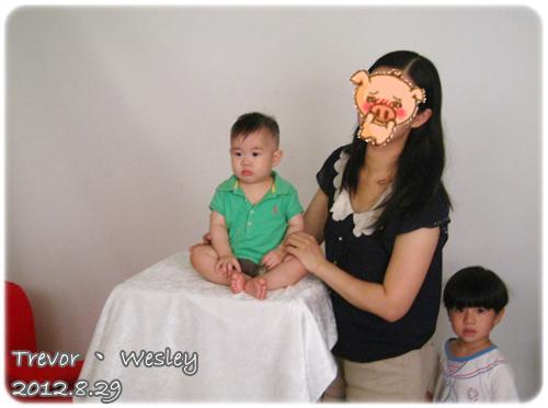 120829-嬰兒來拍大頭照