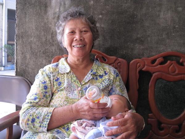 091117-小小人與外曾祖母