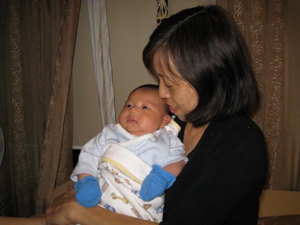 08118-小小人與姨婆