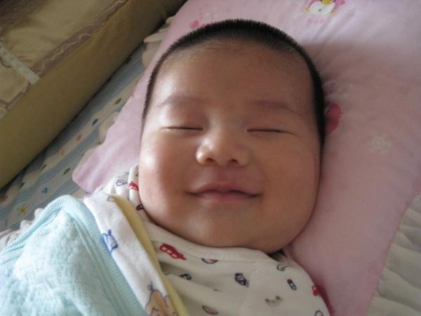 081127-小小人有甜甜的夢