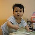 090602-媽媽的書桌比較好玩