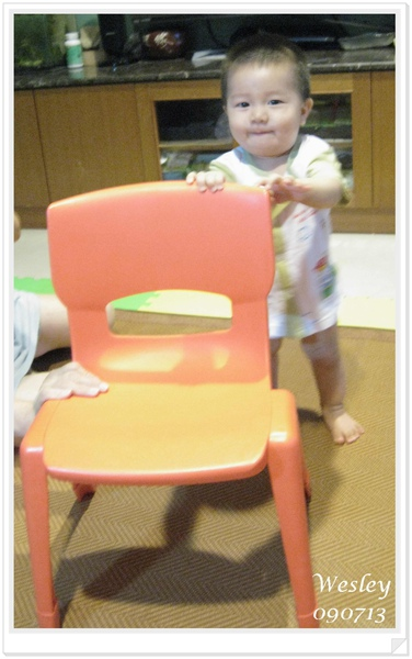 090713-小饅頭的專用椅
