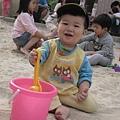091122-挖沙是件開心的事.JPG