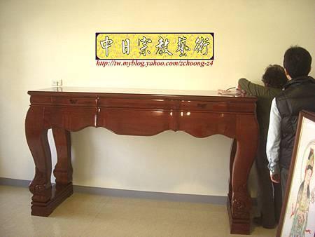 N10404.台灣梢楠木神桌拉米大腳 手繪西方三聖綢布佛畫