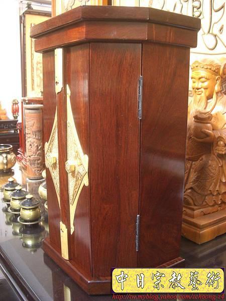M6002.日式神龕佛龕 小型日蓮教佛桌 日式佛桌.JPG