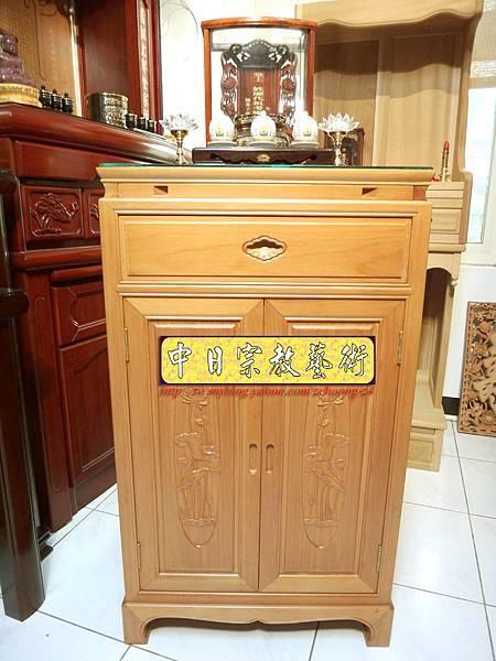M6701.2尺檜木櫃型神桌 小型公媽桌佛桌.JPG