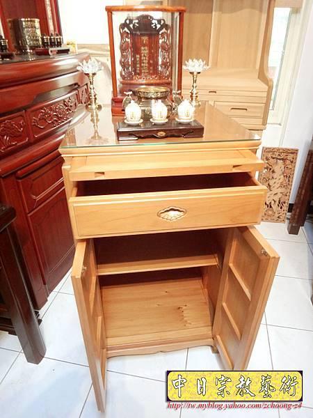 M6703.2尺檜木櫃型神桌 小型公媽桌佛桌.JPG