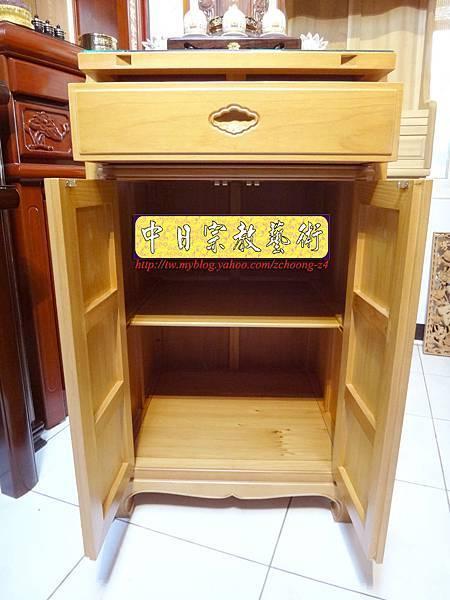 M6704.2尺檜木櫃型神桌 小型公媽桌佛桌.JPG