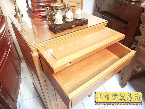 M6705.2尺檜木櫃型神桌 小型公媽桌佛桌.JPG