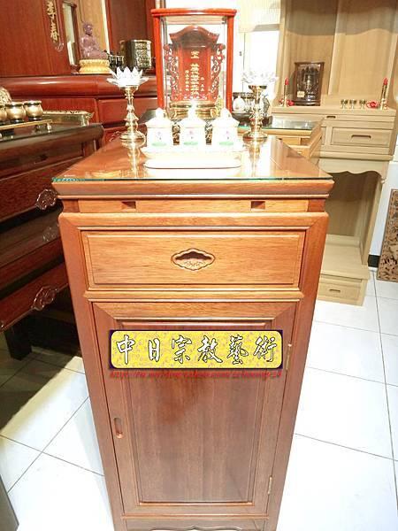 M6801.1尺58小尺寸神桌 花梨木小佛桌.JPG