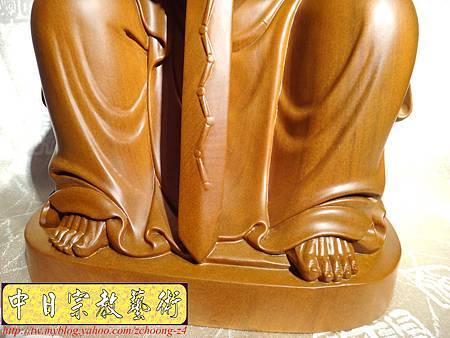 L2909.北極玄天上帝(武當山版本)梢楠木神像雕刻.JPG