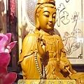 L3101.神桌神像雕刻特輯~觀世音菩薩木雕佛像 1尺6高度-樟木.JPG