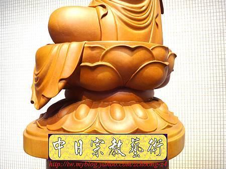 L3210.神桌佛像雕刻~台灣國寶梢楠木觀世音菩薩佛像.JPG