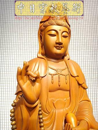 L3216.神桌佛像雕刻~台灣國寶梢楠木觀世音菩薩佛像.JPG