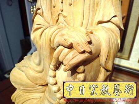 L3511.神桌佛像雕刻自在觀音木雕神像 神明貼座.JPG