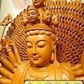 L3704.千手千眼觀音木雕佛像 神桌神像雕刻.JPG