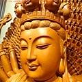 L3705.千手千眼觀音木雕佛像 神桌神像雕刻.JPG
