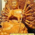 L3706.千手千眼觀音木雕佛像 神桌神像雕刻.JPG