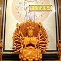 L3707.千手千眼觀音木雕佛像 神桌神像雕刻.JPG